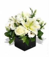Cắm hoa để bàn 01
