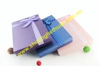 Hộp quà tặng chữ nhật 77 ngăn. Mã HQT 02 (41.5 x 26.5 x 3.5cm)