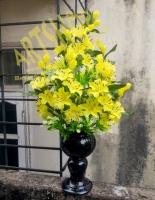 Hoa ly vàng pha lê