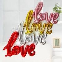 bóng hình chữ LOVE liền