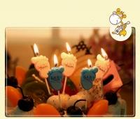 nến sinh nhật-nến hoạ tiết - hình bàn chân