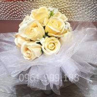 Hoa cầm tay cô dâu - HC011