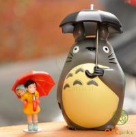 Totoro cầm ô ( 9cm )