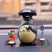 Totoro cầm ô ( 5cm )
