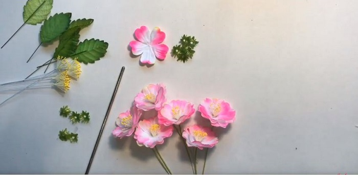 Nguyên liệu làm hoa đào 3D